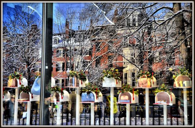 Bottega Veneta Christmas Window Display, NYC.