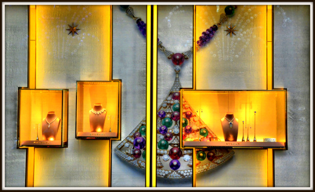 Bvlgari Christmas Window Display, NYC.